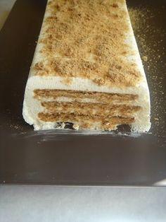 Adoro bolos de bolachas e este é simples e rápido, tinha visto uma receita aqui só que levava natas e bolachas ,mas como achei a quantidad...