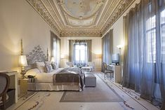 Presidential Suite of the HOSPES PALACIO DE LOS PATOS - Granada, Andalucía, Spain \\ Luxury Hotel suite