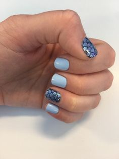 Combine Color Street Atlantis with Aspen Sky for this amazing mermaid mixed manicure! Gorgeous blue mermaid nails in minutes with no mess and no dry time! Mermaid Diy, Mermaid Nails, American Nails, Christmas Manicure, Nail Effects, Nails For Kids, Atlantis, Halloween Nail Art, Color Street Nails