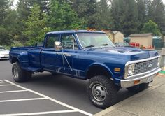 """Big Blue"" 1972 Chevy Crewcab 4x4 w/ 454 big block."