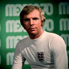Bobby Moore press photo Mexico 1970 World Cup. Football Squads, Football Icon, Football Design, World Football, Football Kits, England Football Players, England National Football Team, National Football Teams, Bobby Moore