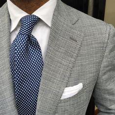 Love the tie! ...repinned vom GentlemanClub viele tolle Pins rund um das Thema Menswear- schauen Sie auch mal im Blog vorbei www.thegentemanclub.de