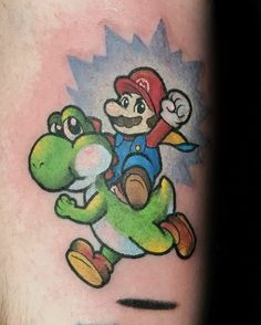 60 Yoshi Tattoo Designs für Männer - Nintendo Ink Ideas Nintendo Tattoo, Gaming Tattoo, Yoshi, Grand Theft Auto, Tattoo Designs, Tattoo Ideas, Call Of Duty, Fallout, Bond
