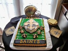 Thanks to Marc Candiff for sending us a pic of this cake he and his wife had for when they renewed their wedding vows last year! The jerseys are chocolate covered strawberries! #Saints #NOLA #Cake