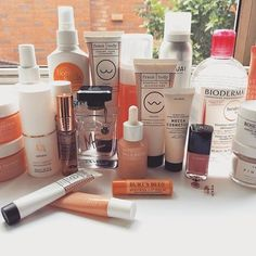 5-TO-TRY — BY BEL (@5totry) • Instagram photos and videos Makeup Drawer, Shelfie, Burts Bees, Creepy, Beauty Products, Skincare, Lips, Cosmetics, Photo And Video
