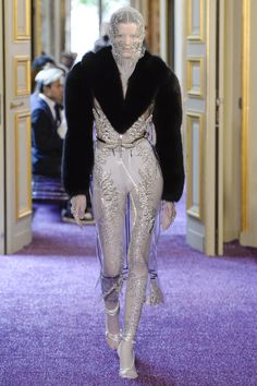 Francesco Scognamiglio Fall 2016 Couture Fashion Show - Hannah Elyse - Lucy face covering