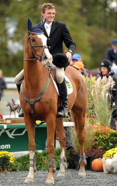 Boyd Martin and Neville Bardos win! Martin saved this horse from slaughter - TWICE