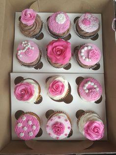 Pink Roses_ sugar art_fondant figurine South Africa email: liankaerasmus@gmail.com