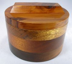 Vintage Hand Crafted Exotic Hard Wood Dresser / Jewelry Box With Lid Humidor 6285