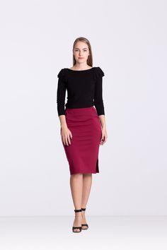 Spódnica z rozporkiem -bordowa - Ynlow-Designed - Spódnice ołówkowe Skirts, Etsy, Fashion, Moda, Fashion Styles, Skirt, Fashion Illustrations, Gowns