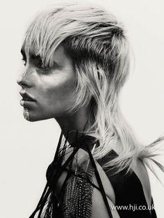 2015-blonde-textured-mullet.