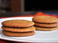 Chewy Maple Cookies - Found via Serious Eats Cookie Cake Pie, Cookie Desserts, Just Desserts, Cookie Recipes, Dessert Recipes, Dessert Ideas, Maple Syrup Cookies, Sugar Cookies, Oatmeal Biscuits