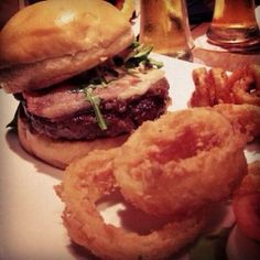 25 Degrees - 7000 Hollywood Blvd. #Burger #Fries #OnionRings #Cocktail #Foodie #ThirstyThursday #25DegreesHollywood