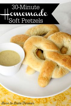 30-Minute Homemade Soft Pretzels | Born to Bake Forever | htp://borntobakeforever.wordpress.com
