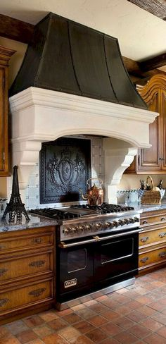 Modern french country kitchen decorating ideas (58)