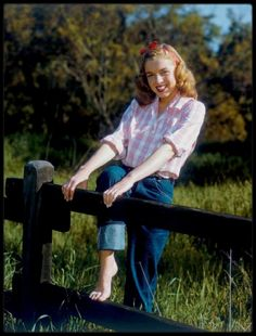 1946 / Young Norma Jean Baker by Richard C MILLER. Marilyn Monroe