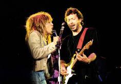 Tina Turner şi Eric Clapton la Wembley Arena, 18 iunie, Sursă foto tina and eric wembly, autor fattk att, Anglia. Tina Turner, Music Hits, Pop Music, Eric Clapton, Anniversary Part, Soul Singers, Rockn Roll, Hearing Aids, Hard Rock