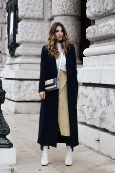 Hot Looks, by Hype + Newness Pin Up Models, 27 Years Old, People Around The World, Bad, Duster Coat, Normcore, Street Style, Sweaters, Jackets