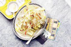 17 maart - Witlof in de bonus - Knapperige witlof met appel en knolselderij in een frisse dressing. Maak de waldorfsalade af met walnoten - Recept - Allerhande