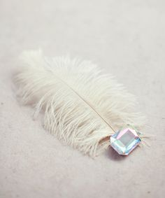 White Feather Jewel Hair Pin