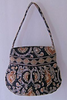 0e6628f0d9c7 Vera Bradley Caffe Latte Hannah Shoulder Bag Purse Handbag Pleated Retired  2009  VeraBradley  ShoulderBag