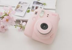 Fujifilm Instax Mini 8 Polaroid Camera in Pastel Pink