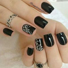 80 incredible black nail art designs for women and girls .- 80 incredible black nail art designs for women and girls - Black Nails With Glitter, Black Coffin Nails, Black Acrylic Nails, Black Nail Art, Matte Black, Black Nails Short, Cute Black Nails, Black And Purple Nails, Black Manicure