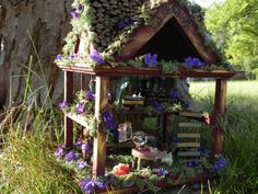 Magical fairy house with miniature apothecary. by tinkerwhims feeën tuinhui Mini Fairy Garden, Fairy Garden Houses, Fairies Garden, Fairy Dust, Fairy Land, Garden Gadgets, Fairy Furniture, Miniature Furniture, Gnome House