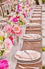 View high quality Impressive Bridal Shower Table Decoration Ideas Pink Wedding Table Setting suggestions in few graphics from Kelly Lopez, interior d. Summer Wedding, Dream Wedding, Wedding Day, Trendy Wedding, Elegant Wedding, Wedding Photos, Wedding Tables, Wedding Receptions, Wedding Lunch