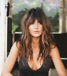 Lovely style beach hair with bangs niffler-elm.tumbl… The post style beach hair with bangs niffler-elm.tumbl…… appeared first on Aloha Haircuts . Hair Day, New Hair, Hair Affair, Great Hair, Pretty Hairstyles, Long Hairstyles With Bangs, Ladies Hairstyles, Hairstyles Wavy Hair, Long Brunette Hairstyles