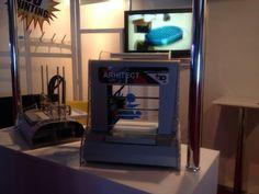 "3D printer ""Arhitect"" by Volum3D, made in Romania"
