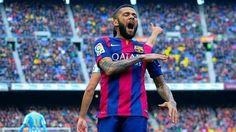 FC Barcelona vs Malaga CF • Brazylijczyk zanotował asystę przy golu piłkarza Malagi • Dani Alves zachował się nonszalancko w La Liga >>