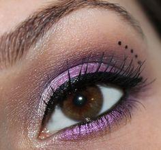 Astor Eye Artist Eye Shadow Palette 615 Smokey Purple http://www.talasia.de/2013/11/07/astor-eye-artist-eye-shadow-palette-615-smokey-purple/ purple eye make up