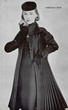 Christian Dior, 1955 Vintage Dior, Christian Dior Vintage, Mode Vintage, Vintage Glamour, Vintage Beauty, Vintage Dresses, Vintage Outfits, Vintage Vogue, Vintage Style
