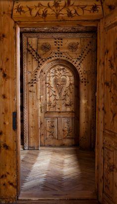Spectacular door