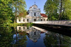 Zwierzyniec, kościółek na wodzie, Roztocze, Polska (Poland)