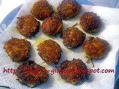 Πατατοκεφτέδες - Τα φαγητά της γιαγιάς Muffin, Potatoes, Breakfast, Ethnic Recipes, Food, Morning Coffee, Potato, Essen, Muffins