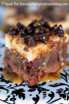 Easy Turtle Cheesecake Brownies Recipe ~ Everyone goes bonkers forthese. They are insanely delicious!