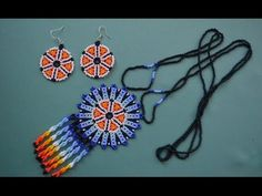 ⚡️Pendant bead in the technique of the huichol motifs. Peyote Patterns, Beading Patterns, Beaded Jewelry, Handmade Jewelry, Earrings Handmade, Bead Loom Bracelets, Beaded Animals, Bracelet Tutorial, Beading Tutorials