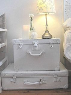 Display Set Of 3 White Chic Not Shabby Antique Vintage Suitcases,You Can Ship
