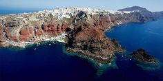 Arial view of Oia village, Santorini island, Greece. - selected by… Greece Tours, Oia Greece, Santorini Island Greece, Beautiful Islands, Beautiful Places, Places In Greece, Us Sailing, Top Of The World, Travel Bugs