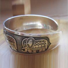 Thai Five Elephant Family Bangle Bracelet