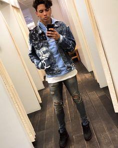 7,477 vind-ik-leuks, 95 reacties - Luca Gilliot (@lucagilliot) op Instagram: 'Noncha #LucaLike #demin' Attractive Men, Bomber Jacket, Future, Boys, Instagram Posts, Jackets, Life, Outfits, Fashion