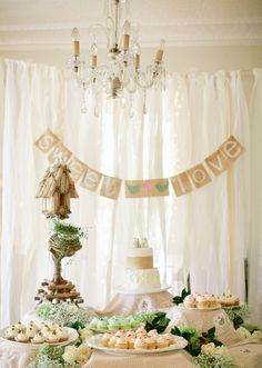 Rustic #wedding #decor | Photo by Jeremy Harwell | 100 Layer Cake