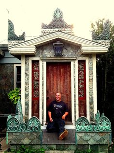 I love the old front door would love to have the door.Bronson Pinchot Project: Elf House