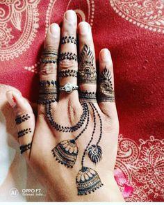 Doll up on rakshabandhan with pretty rakshabandhan mehndi designs that are apt for this festival! Here are 25 inspirations of Rakhi mehndi designs for Henna Tattoo Designs Simple, Finger Henna Designs, Latest Bridal Mehndi Designs, Full Hand Mehndi Designs, Stylish Mehndi Designs, Mehndi Designs For Beginners, Wedding Mehndi Designs, Mehndi Designs For Fingers, Dulhan Mehndi Designs