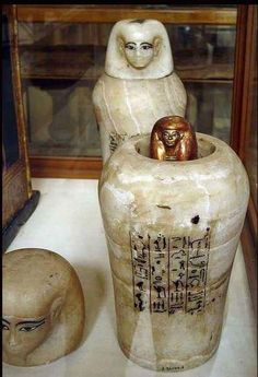 Canopic vase under the protection of Qebehsenuef from the tomb of Tjuya (Egypt 1300 BC) - wife of Yuya, a key adviser for Amenhotep III Amenhotep Iii, Historical Artifacts, Ancient Artifacts, Ancient Egyptian Art, Ancient History, Canopic Jars, Kemet Egypt, Empire Romain, Ancient Civilizations