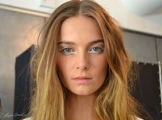Awesome roundup of the best makeup at Fashion Week...we're trying it all!