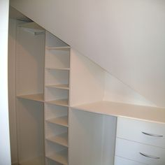 1000 images about zolder ideeen on pinterest wands eaves storage and loft storage - Idee outs kamer bad onder het dak ...
