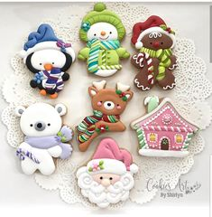 Penguin, Snowman, Gingerbread Man & House, Santa, Reindeer and Polar Bear Christmas Cookies Bear Cookies, Fancy Cookies, Iced Cookies, Cute Cookies, Cupcake Cookies, Cookies Et Biscuits, Christmas Sugar Cookies, Christmas Cupcakes, Holiday Cookies